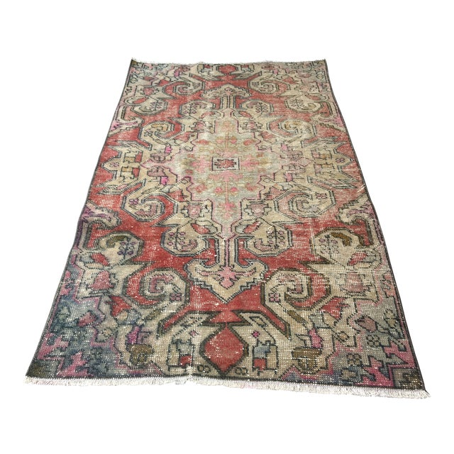 What Makes Turkish Rugs Great How You Can Read The Design Of A Turkish Rug: Vintage Turkish Anatolian Cappadocia Distressed Muted