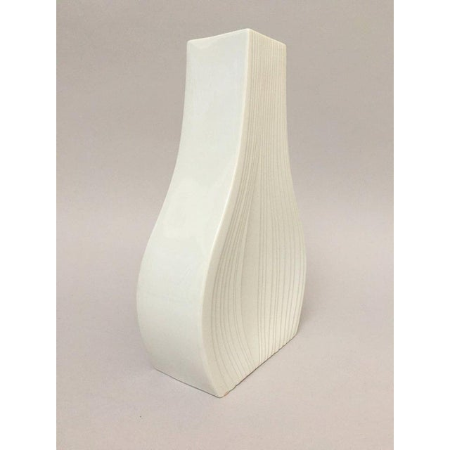 White Modernist Bisque Porcelain Naaman Onion Vase For Sale - Image 9 of 11