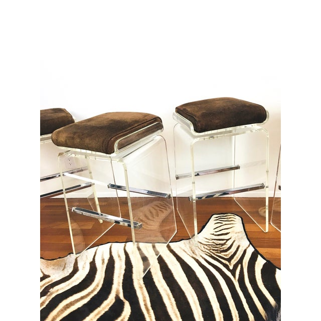 1970s Charles Hollis Jones Attributed Waterfall Lucite Swivel Bar Stools / Chairs, Set of 4 For Sale - Image 11 of 12