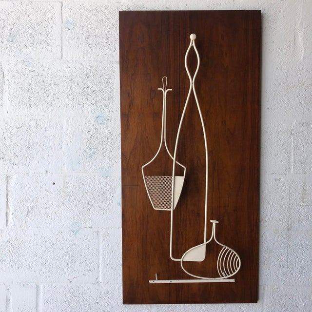 Vintage 1960s Mid Century Modern Wall Sculpture. For Sale - Image 11 of 11