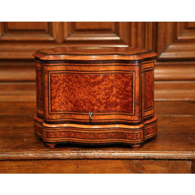Important 19th Century French Napoleon III Walnut & Burl Cave a Liqueur Tantalus For Sale - Image 4 of 11