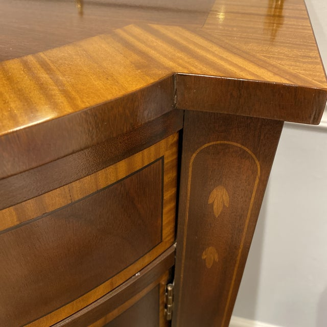 Traditional 1940s Mahogany Sideboard with Brass Gallery For Sale - Image 3 of 13