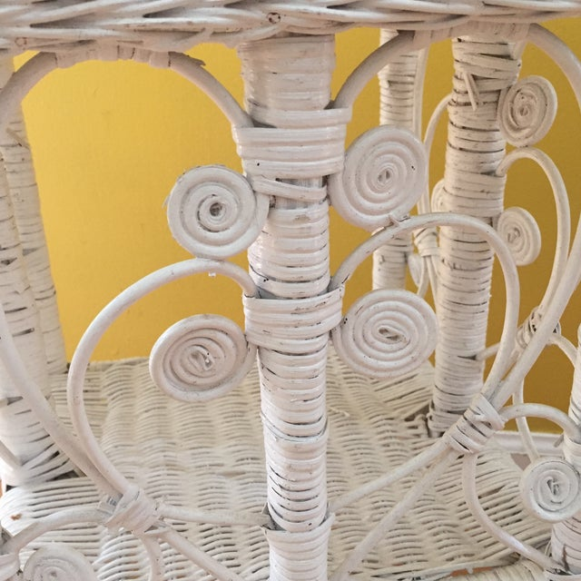 White Wicker Scrolling Detail Side Table - Image 4 of 6