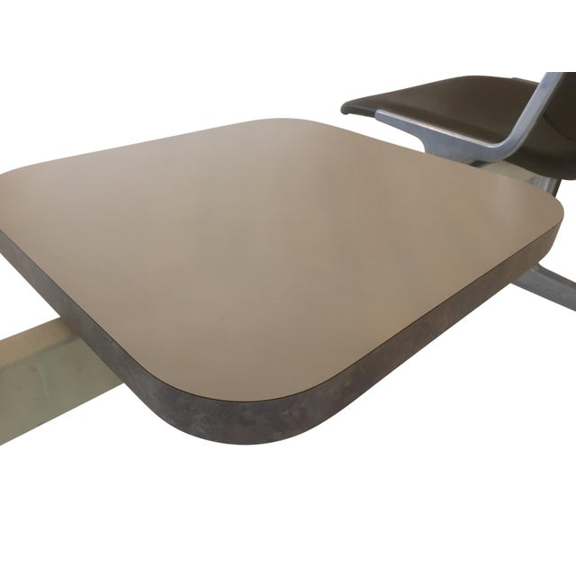 White 1970s Piretti for Castelli Anonima Airport Bench Seat in Olive Green For Sale - Image 8 of 9
