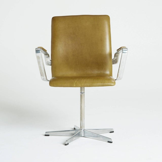 Arne Jacobsen Leather Oxford Chair - Image 4 of 11