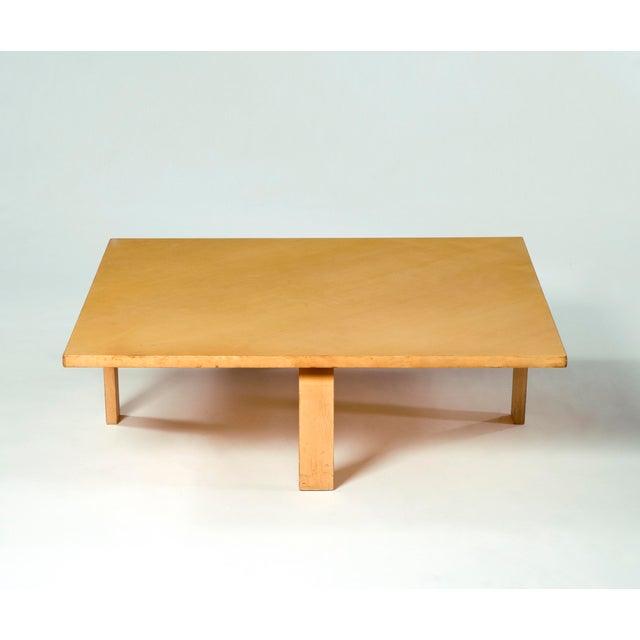 PK 66 laminated maple coffee table. Designed by Poul Kjaerholm for E. Kold Christensen, Denmark, circa 1971.