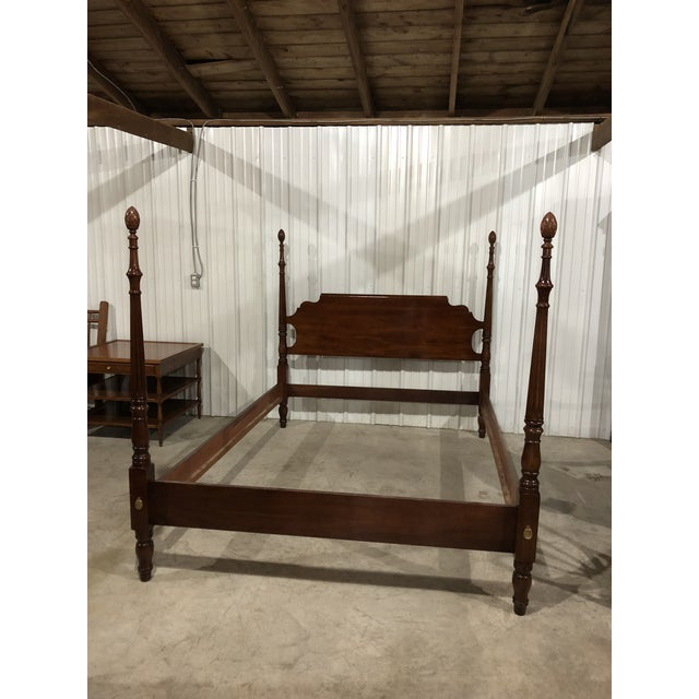 Cherry Wood 1990's Vintage Statton Queen Size Pineapple Poster Bed Frame For Sale - Image 7 of 7