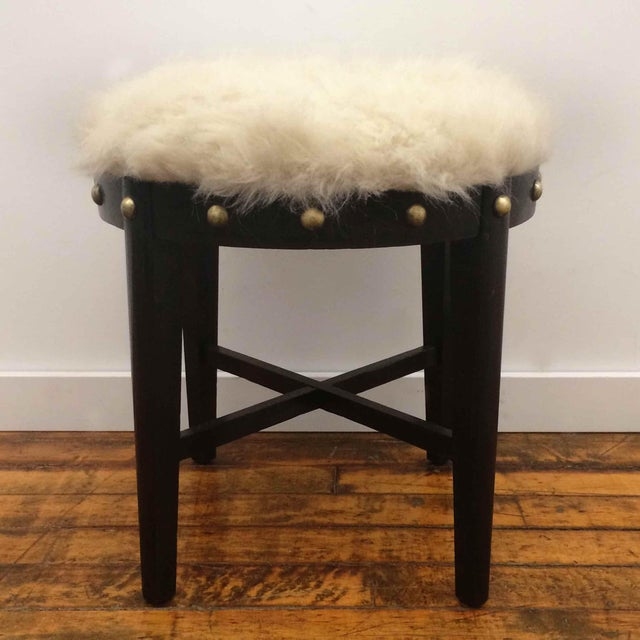 Mid-Century Modern Mid Century Stool With Faux Fur For Sale - Image 3 of 4