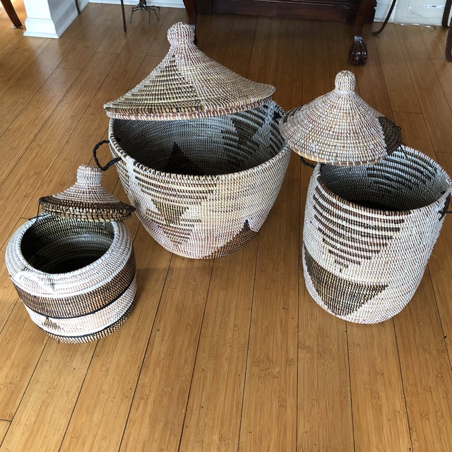 Geometric Hand Woven Monochromatic Baskets- Set of 3 For Sale - Image 4 of 8