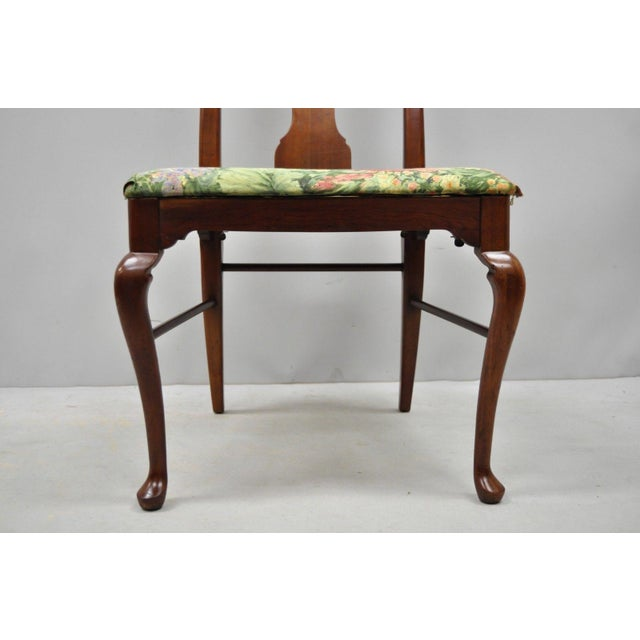 1960s 1960s Vintage Thomasville Queen Anne Style Solid Cherry Wood Dining Chairs- Set of 6 For Sale - Image 5 of 13