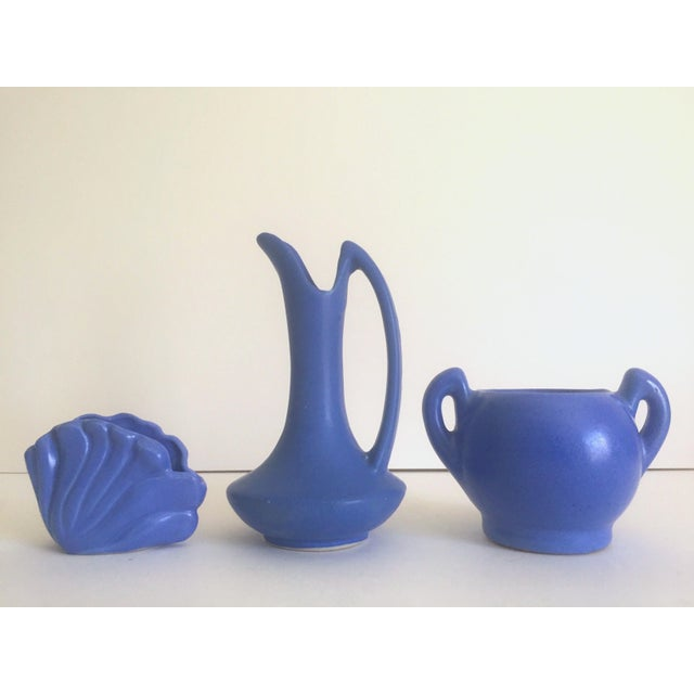 Vintage Art Deco 1930's Niloak Royal Blue Matte Pottery Vases - Set of 3 For Sale - Image 4 of 11