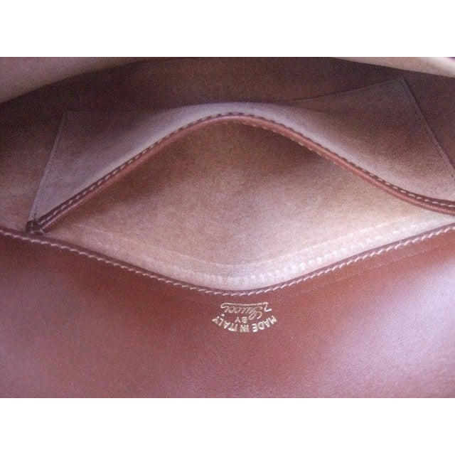Italian 1970s Gucci Italy Chocolate Brown Suede Blondie Clutch Purse For Sale - Image 3 of 11