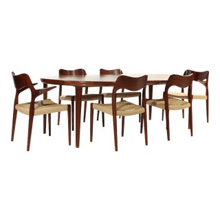Møller Model 71 & 55 Chairs and Vv Møbler Extension Table - 7 Piece Dining Set For Sale