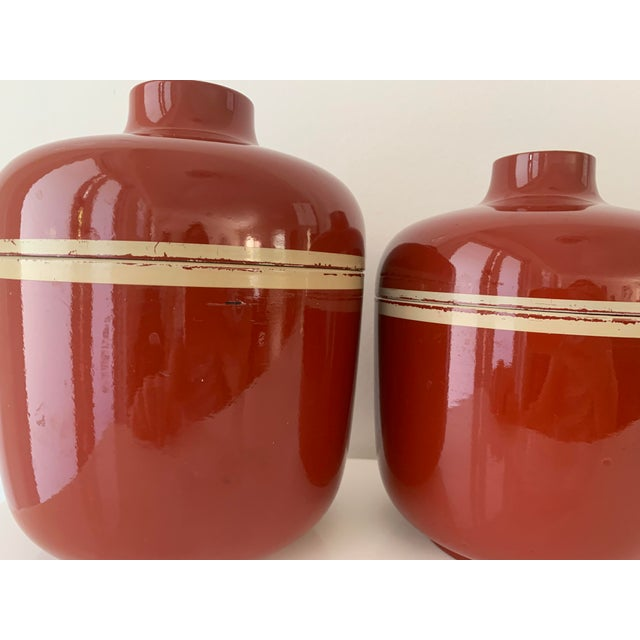 Paint 1980s Vintage Brick Red Lacquer Ware Nesting Jars - Set of 4 For Sale - Image 7 of 13
