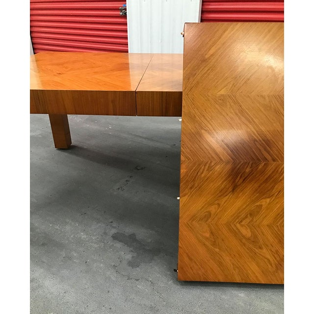 Mid-20th Century Milo Baughman / Thayer Coggin Burl Dining Table For Sale - Image 10 of 12