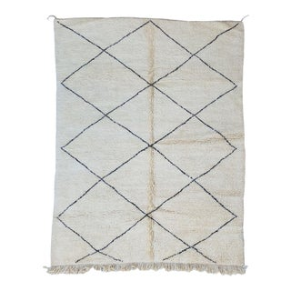 Moroccan Berber Area Rug-7′6″ × 10′ For Sale