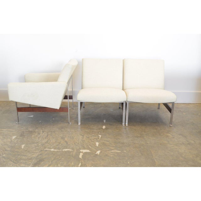 Mid-Century Modern Artifort Armchair, 1962 For Sale - Image 3 of 7
