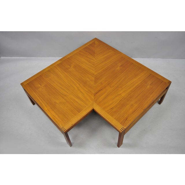 Ole Gjerlov-Knudsen & Torben Lind Moduline France & Son corner coffee table. Item features exposed joinery, solid wood...