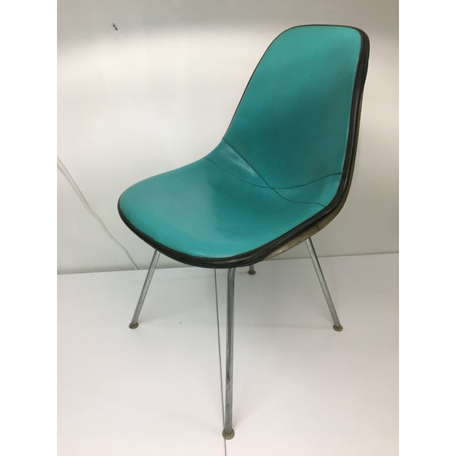 1950s Vintage Molded Side Chair in Turquoise Naugahyde by Charles Eames for Herman Miller For Sale - Image 5 of 13