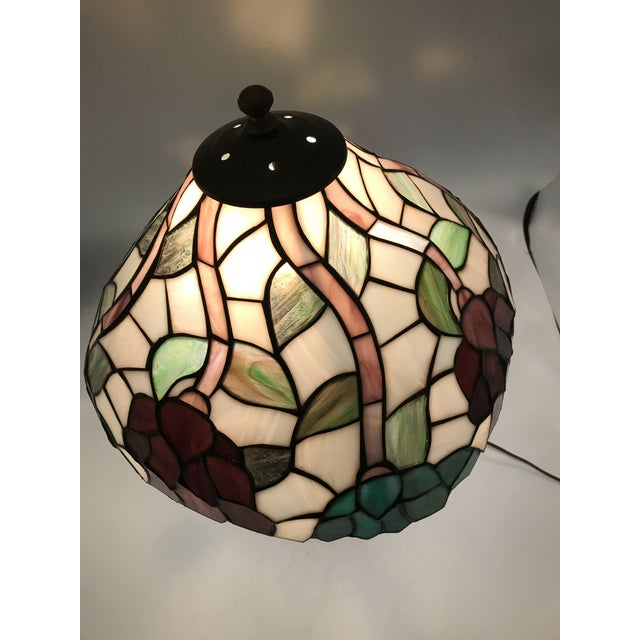 Vintage Tiffany Style Stained Glass Table Lamp For Sale - Image 5 of 10