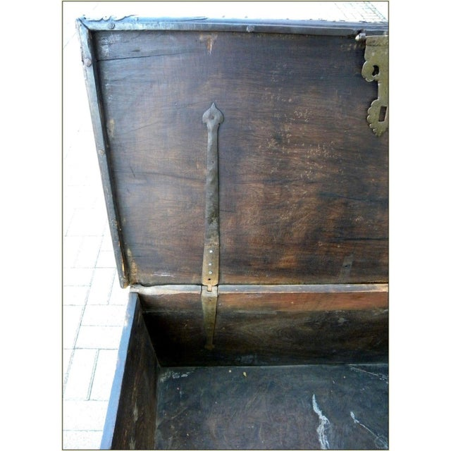 Traditional 19th Century Sinhalese Sri Lanka Teak & Brass Trunk For Sale - Image 3 of 13