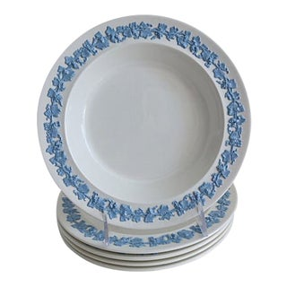Wedgwood Queensware Bowls - Set of 5 For Sale
