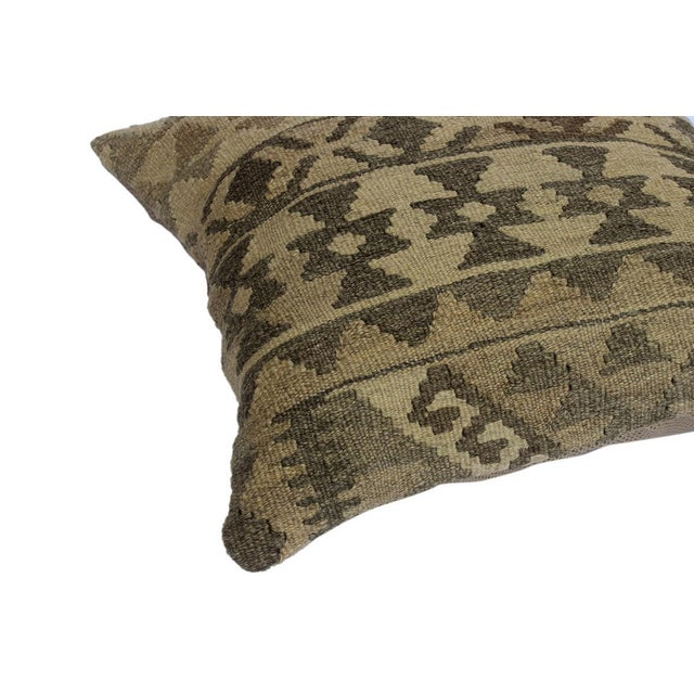 "Darcey Gray/Ivory Hand-Woven Kilim Throw Pillow(18""x18"") For Sale - Image 4 of 6"