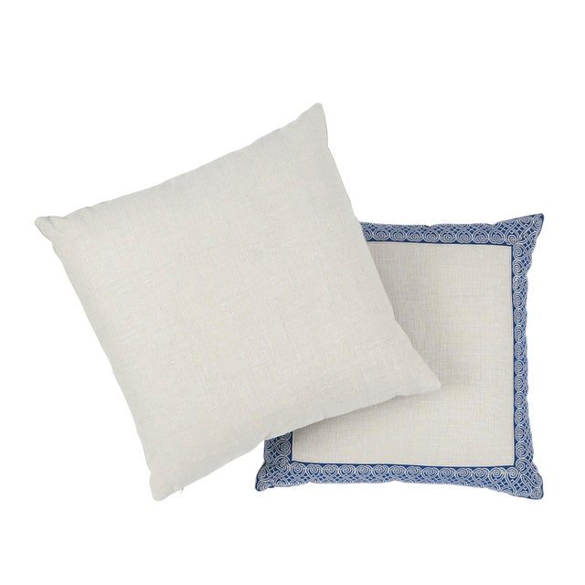Contemporary Schumacher Suzette Pillow in Navy For Sale - Image 3 of 6