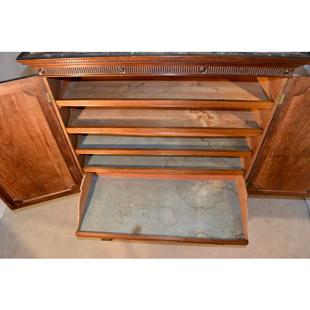Brown 19th Century English Mahogany Linen Press For Sale - Image 8 of 12