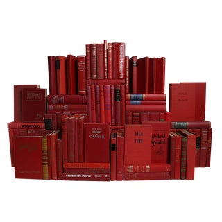 Midcentury Orchard Book Wall : Set of One Hundred Decorative Books in Shades of Red For Sale