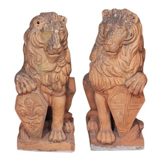Early 19th Century Italian Terra Cotta Lions - Pair For Sale