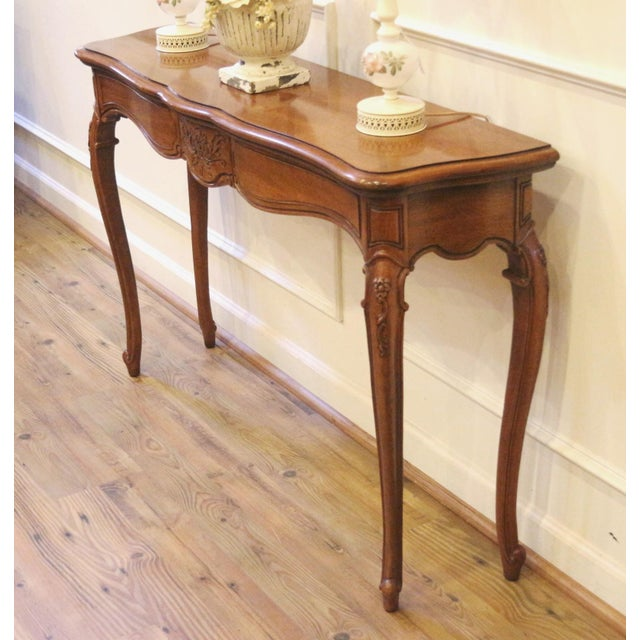 1970s Vintage Thomasville French Country Style Console Table For Sale - Image 12 of 13