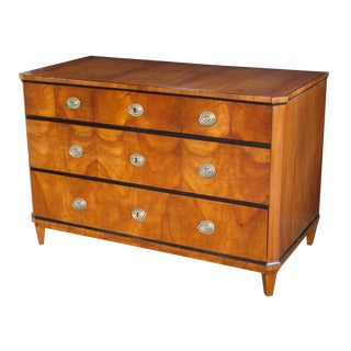 A Handsome and Well-Figured Austrian Biedermeier Cherry Wood 3-Drawer Chest With Ebonized Highlights For Sale
