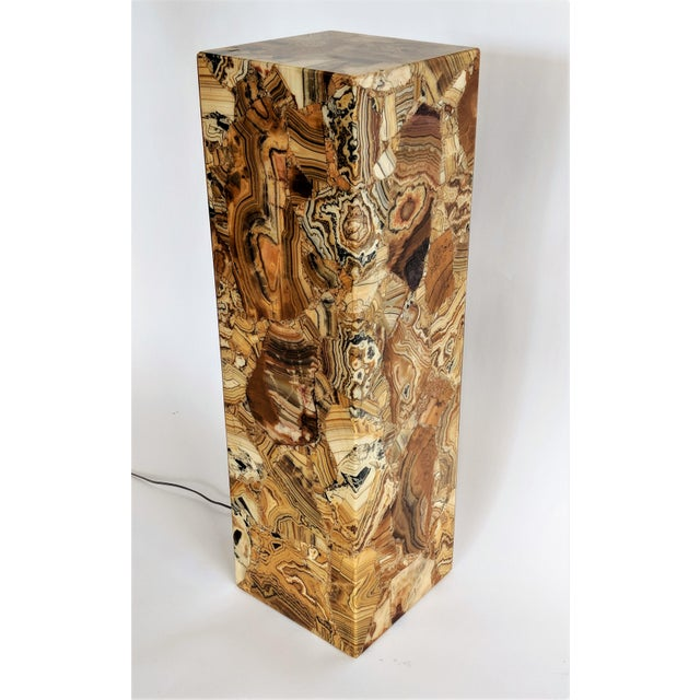 Contemporary 1970s Muller of Mexico Modern Lighted Onyx Pedestal For Sale - Image 3 of 11