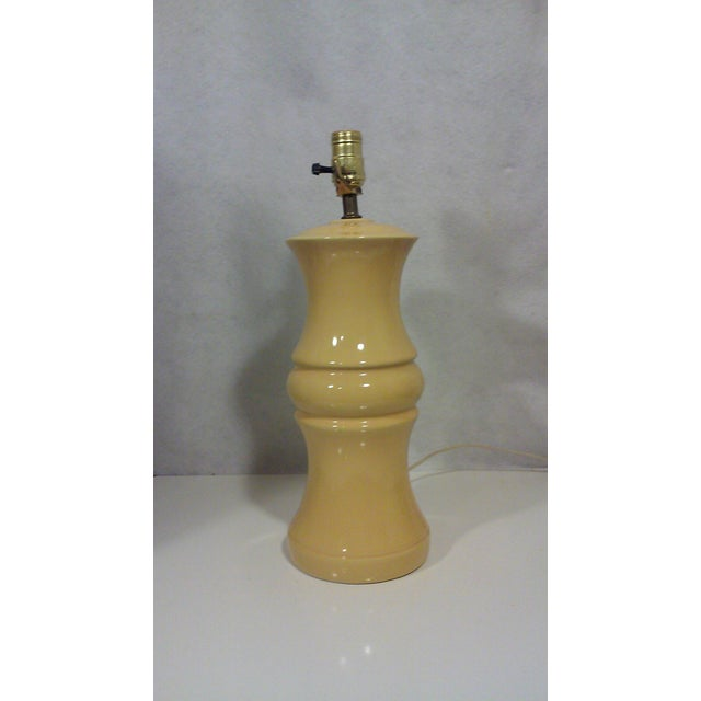 Mid-Century Yellow Ceramic Baluster Table Lamp - Image 5 of 5