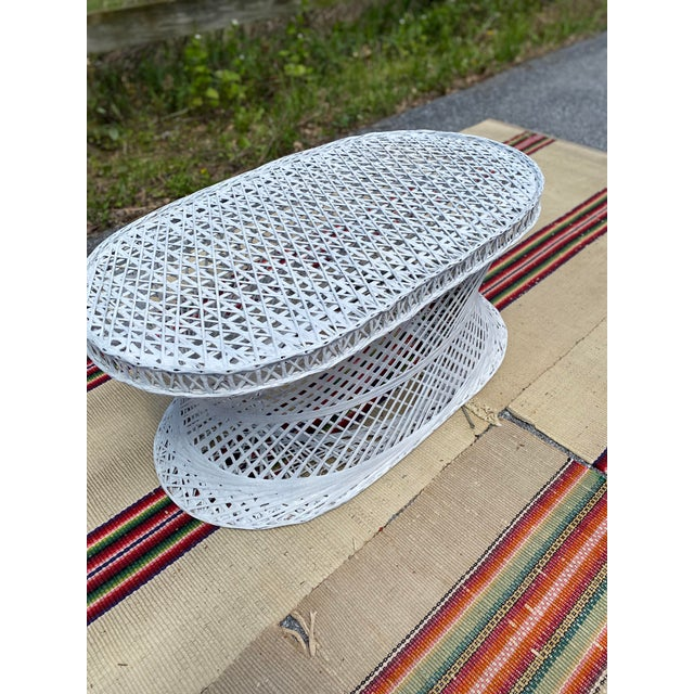 Russell Woodard Vintage Mid-Century Russell Woodard Spun Fiberglass Oval Patio Table For Sale - Image 4 of 12
