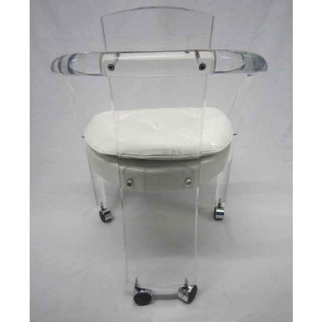 Vintage White Upholstery Lucite Chair - Image 4 of 7