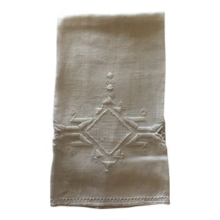 Vintage Beige Linen Embroidered Guest Hand Towel For Sale