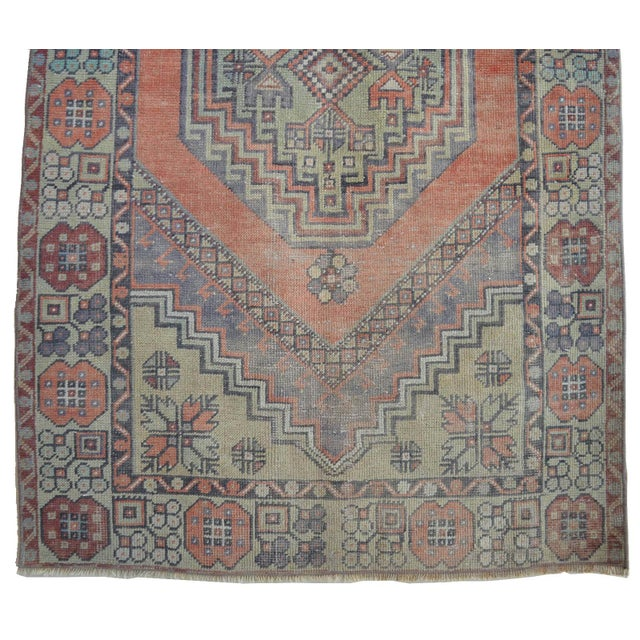 1970s Faded Muted Colors Impressive Medallion Vintage Ushak Rug Low Pile Distressed Area Rug - 3'5'' X 5'8'' For Sale - Image 5 of 8