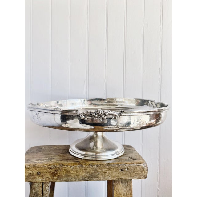 An antique circa early 1900s heavy silver plated dessert or cake stand from The New Willard hotel in Washington DC! The...