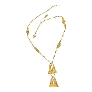 Kenneth Jay Lane Gold Chain and Pendant Necklace For Sale