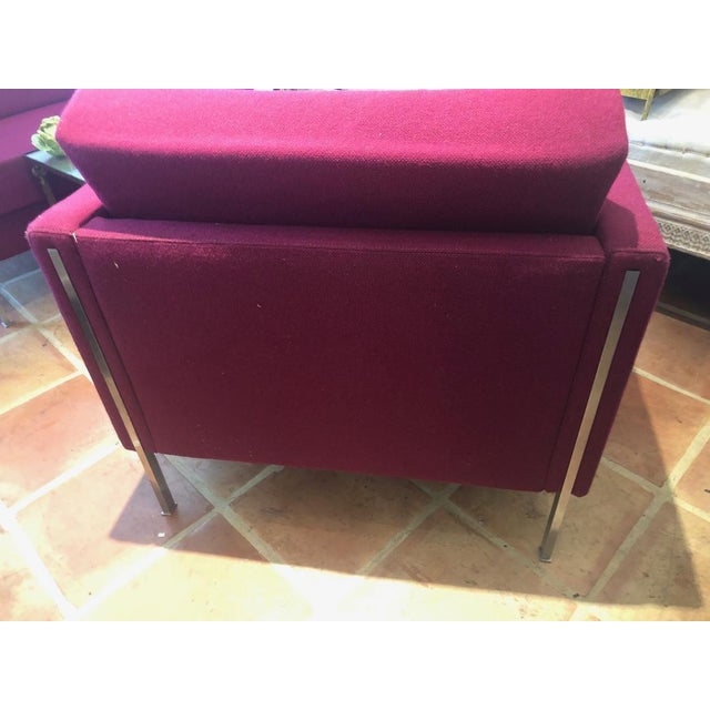 Pierre Paulin very rare pair of 442 fauteuils with two loose cushions. Beautiful and unusual flare with color scheme.