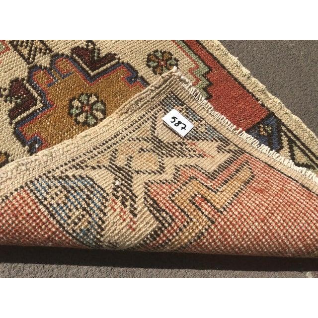 1960s Vintage Oushak Handmade Rug- 1′8″ × 2′10″ For Sale - Image 4 of 6