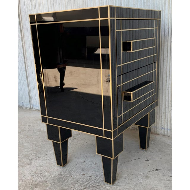 2010s New Pair of Mirrored Nightstands in Black Mirror With Two Drawers For Sale - Image 5 of 13