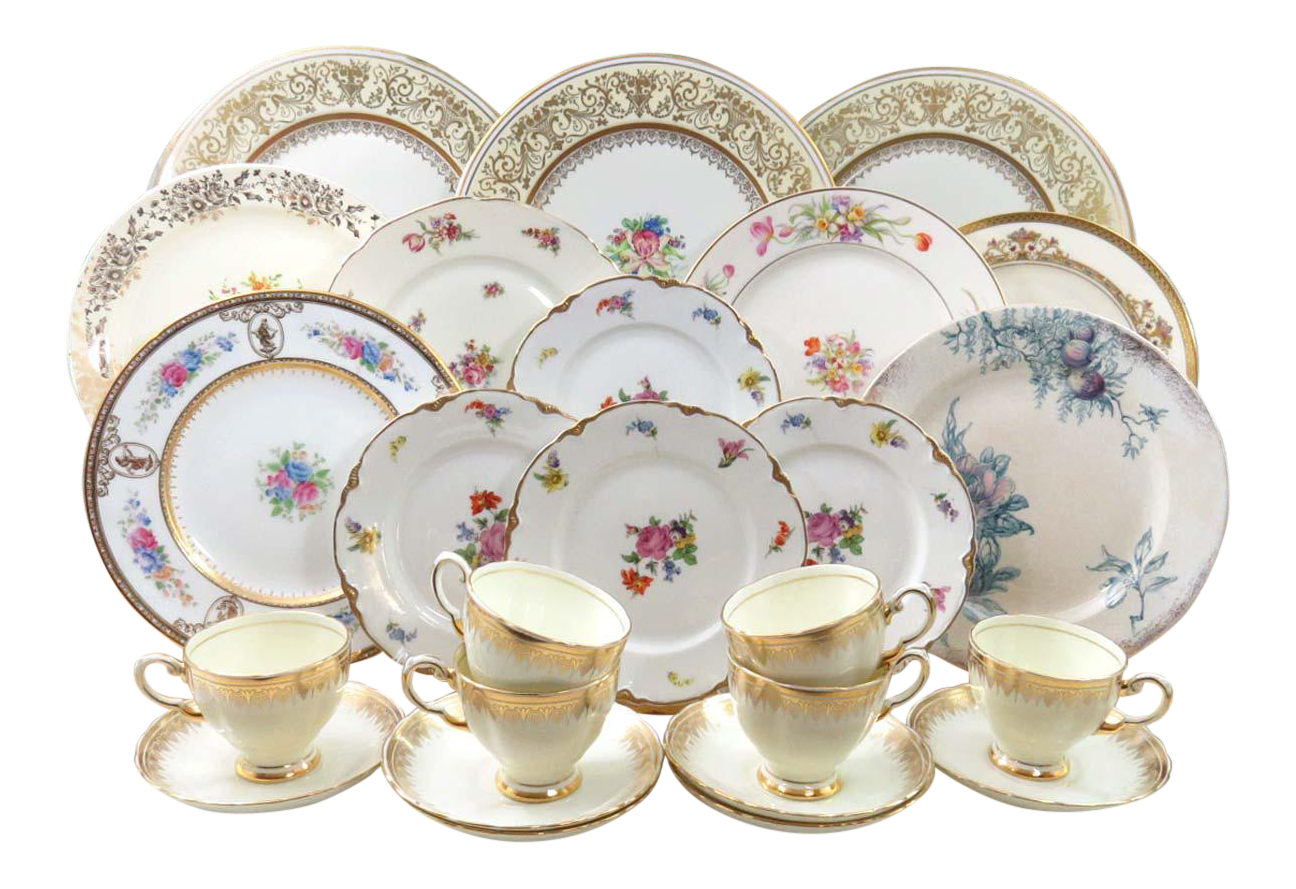 Vintage Mismatched China Dinnerware Set Service for 6 (24 Pieces)  sc 1 st  Chairish & Vintage Mismatched China Dinnerware Set Service for 6 (24 Pieces ...