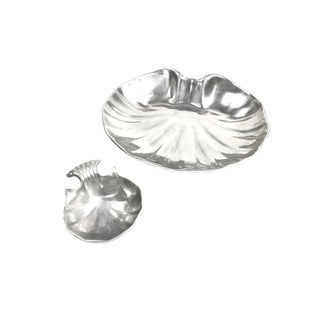 Vintage Mid-Century Pewter Shell Shaped Serving Set- 2 Piece For Sale