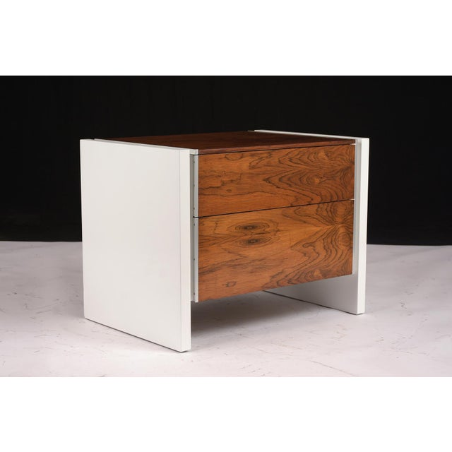 White Pair of White Lacquered Glenn California Nightstands For Sale - Image 8 of 11