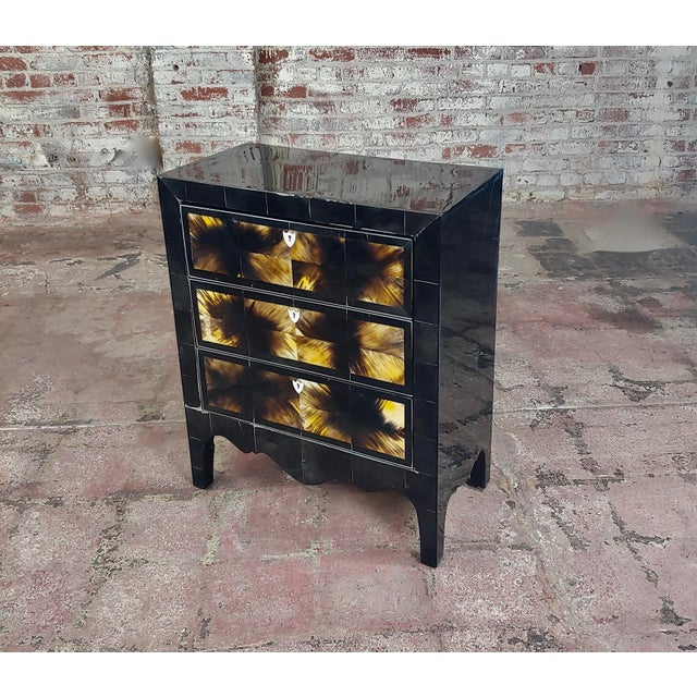 Bull Horn Veneer & Black Lacquer Beautiful 3 Draws Commode For Sale - Image 9 of 9