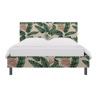 Queen Tailored Platform Bed in Banana Palm For Sale