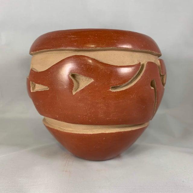Mid 20th Century Southwest Mida Tafoya Redware Jar With Carved Avanyu Design For Sale - Image 5 of 13